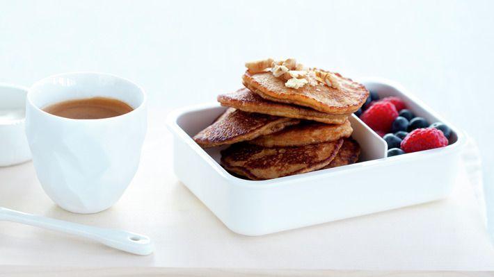 Havrelapper med bær og yoghurt - Kos - Oppskrifter - MatPrat