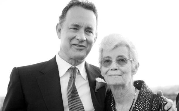 Tom Hanks' mother dead: Actor, wife Rita Wilson pay tribute   EW.com
