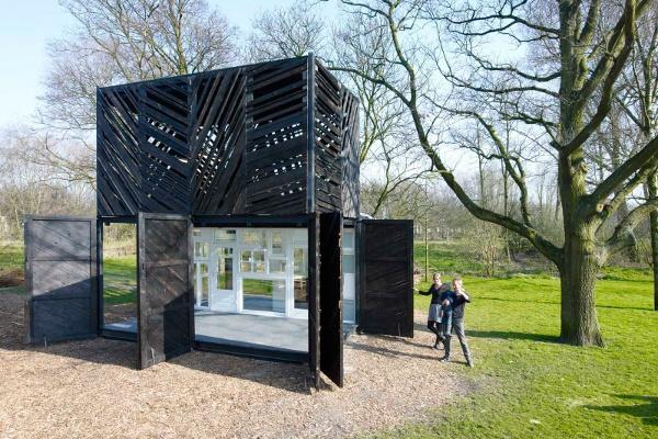 Noorderparkbar  Design: Overtreders W, bureau SLA  Commissioner: De Noorderparkkamer