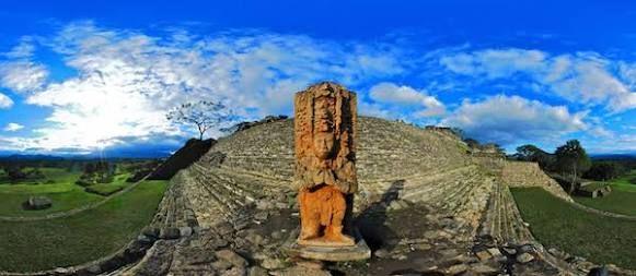 """Este es el basamento piramidal más grande de México  -  México es un país con cientos de zonas arqueológicas distribuidas en su territorio, dotado de estructuras monumentales, podemos contar varios basamentos piramidales que tienen una altura increíble, como por ejemplo """"el castillo"""" en Chichén Itzá, """"el basamento del sol"""" en Teotihuacan, o el monumental basamento en Cholula, por mencionar algunos.    Si alguna vez te preguntaste ¿Cuál es el basamento más grande de México?, aquí te lo…"""