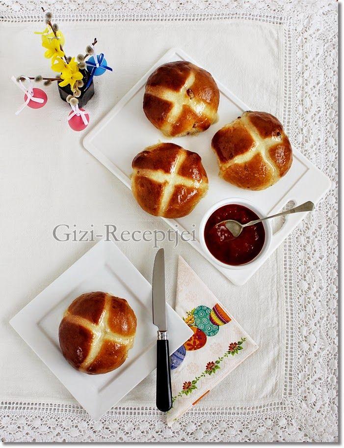 Gizi-receptjei.  Várok mindenkit.: Angol húsvéti zsemle. (Hot cross buns)