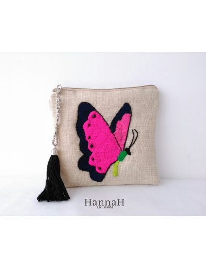 Clutch Bordado a Mano Mariposa
