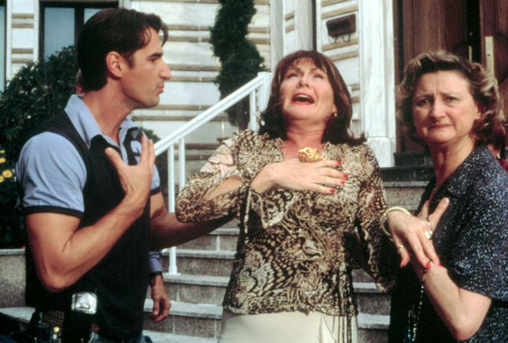 Peter Miller, Mary Walsh, Pierrette Robitaille, 2003 | Essential Gay Themed Films To Watch, Mambo Italiano http://gay-themed-films.com/watch-mambo-italiano/