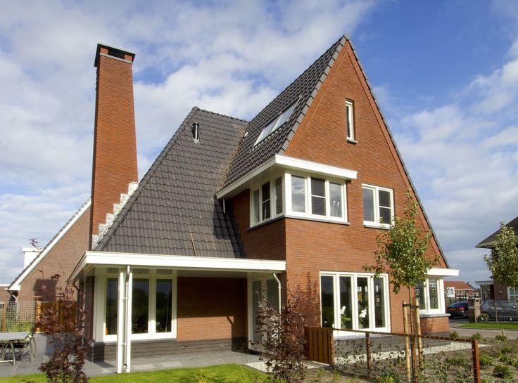 Klassieke 30-er jaren villa in Tabakssteeg te Leusden - 01 Architecten - Ontworpen door Dennis Kemper tijdens de periode dat hij bij EVE-architecten werkte. Bouwbegeleiding door Cortus Bouwregisseurs
