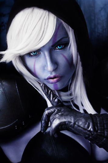 Traxex  I have no idea who this cosplayer is... but she does an amazing Drow... <3