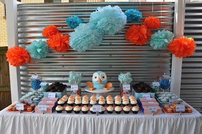 Hoot and Hootabelle dessert table from A little birdie told me