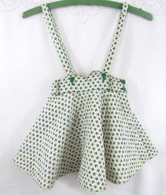 Nu nog zelf leren naaien: een versie voor de dochter en eentje voor mama...