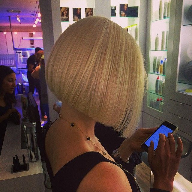 Such a classic style ,can't go wrong with such a well cut bob
