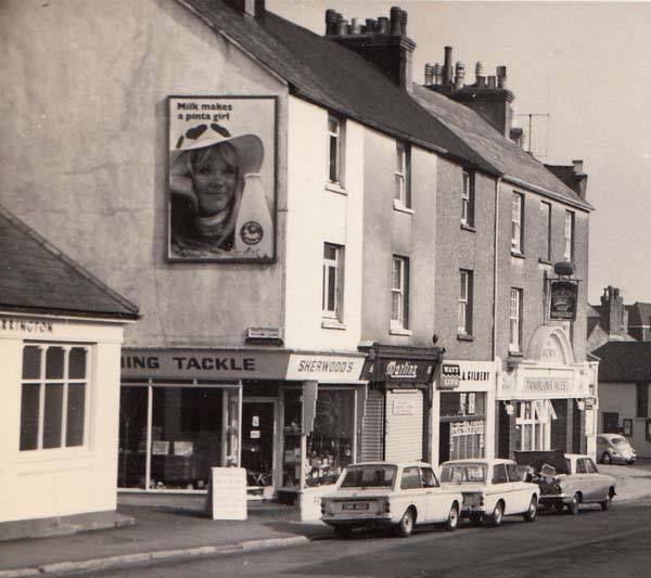 Church Street Seaford ( Wellington & Crown Pub's ) 1967