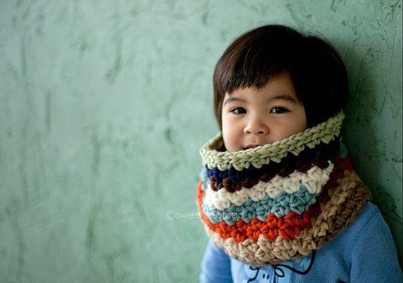 Gorgeous crochet cowl for childrenColors Cowls, Baby Tutu, Children'S Snood Crochet, Stripes Cowls, Winter Collection, Flower Clips, Cowls Inspiration, Little Boys, Crochet Cowls