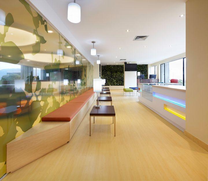 Дизайн медицинского центра от дизайнеров Bodytech. Медельин. Колумбия
