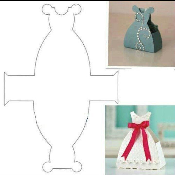 Caja en forma de vestido