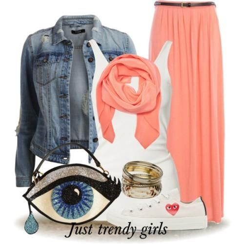 glitter eye clutch Everyday summer outfits http://www.justtrendygirls.com/everyday-summer-outfits/