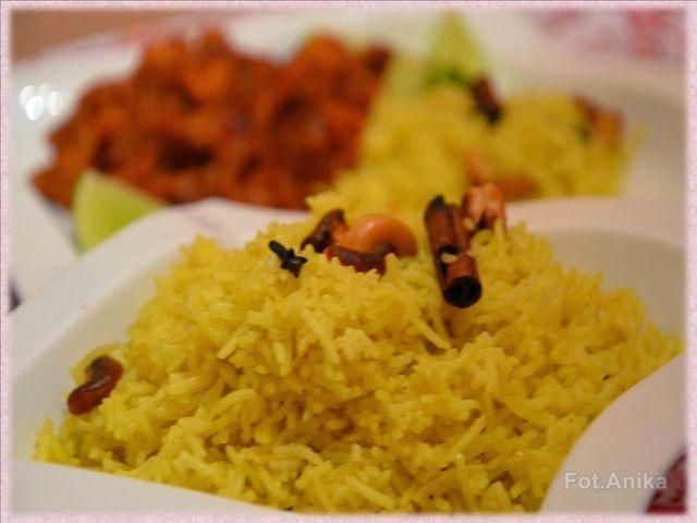 Złocisty ryż po indyjsku