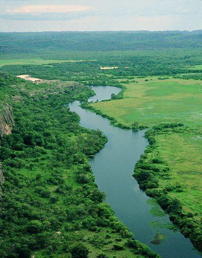 no alligators here, only crocodiles - East Alligator River