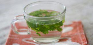 Perdre 3 livres en seulement 2 jours en prenant cette boisson simple sur un estomac vide!