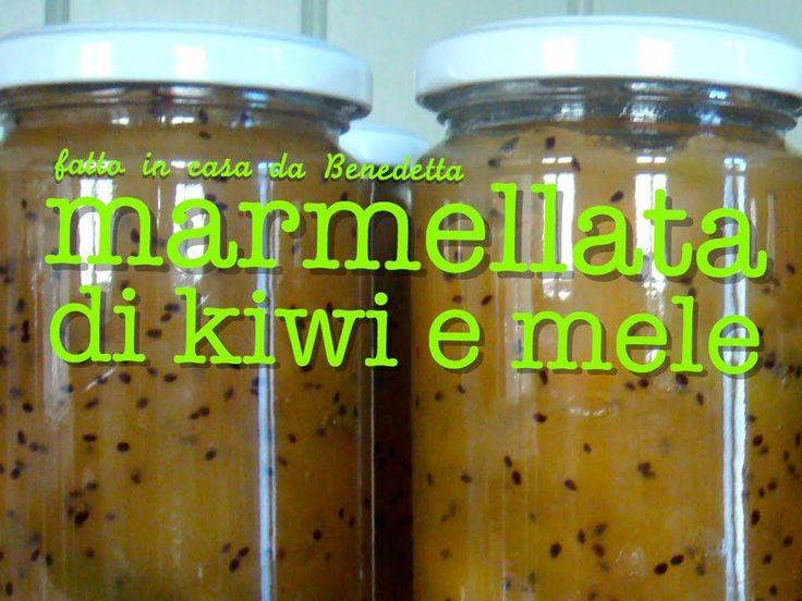 MARMELLATA DI KIWI E MELE FATTA IN CASA DA BENEDETTA INGREDIENTI: 2kg di mele, 1kg di kiwi puliti, 900g di zucchero, succo di