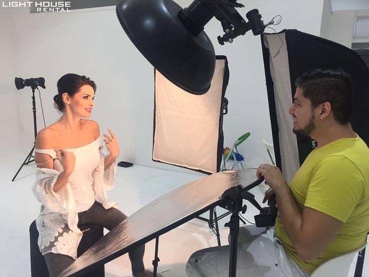 315 отметок «Нравится», 2 комментариев — Light House Rental (@lighthouserental) в Instagram: «Behind the scenes - Beauty & Portrait photoshoot set up. 📸 For business, studio or equipment rental…»