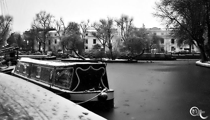 Little Venice in black and white - London winter 2010