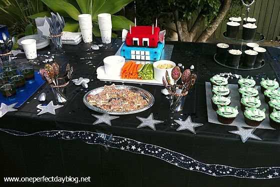space birthday party dessert table (One Perfect Day): Desserts Table, Black Table, Lulu Birthday, Planets Birthday, Outer Space, Birthday Parties Desserts, Birthday Party Desserts, Birthday Baby, Isaac Birthday