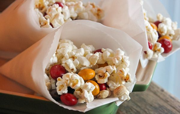 Fall Popcorn Trail Mix #HarvestFun #shop #cbias
