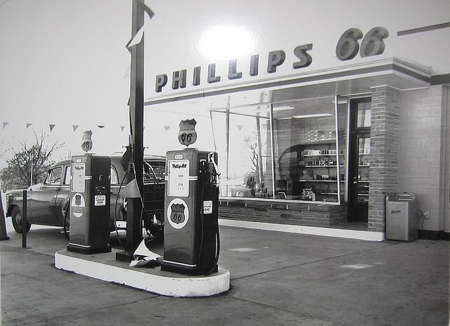 Mid-1950s Rock Frame Phillips 66 Service Station, via Flickr.