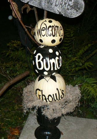 bunco pumpkin totem