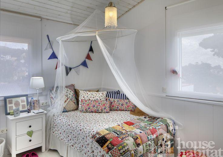 Dormitorio encantador.