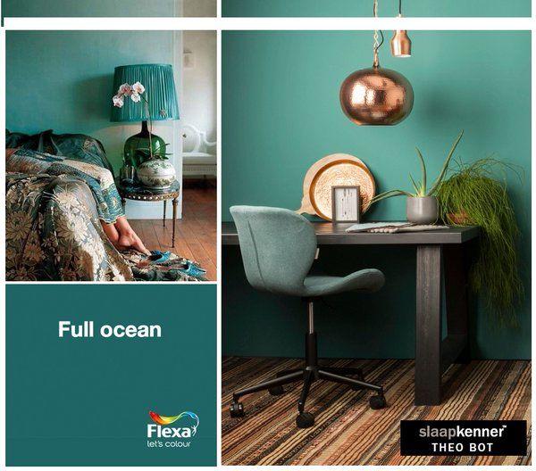 METAMORFOSE Geef je slaapkamer een nieuwe kleur !  Kleurgebruik in deze slaapkamer: FULL OCEANPURE by FLEXA Colour Lab® is een speciaal door kleurspecialisten ontworpen verflijn van de hoogste kwaliteit. De slaapkamer muur  is prachtig in combinatie met verschillende groene en goudkleurige accenten. Op de sfeerfoto is de verf in 'ombre' stijl opgebracht. Bron foto: thecottagemarket.com www.theobot.nl