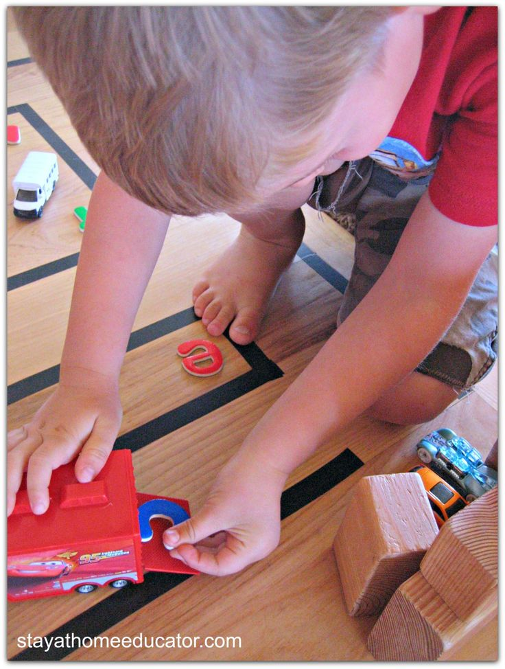 Car Track Delivery Spelling Activity for Beginning Readers