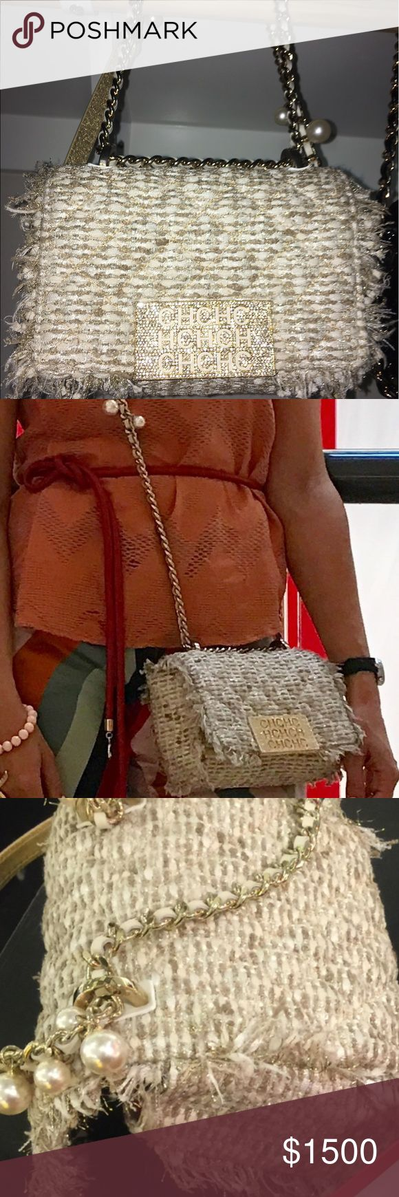 CH Carolina Herrera beige bag (Chanel style) Pre-loved condition, looks like new Carolina Herrera Bags Crossbody Bags