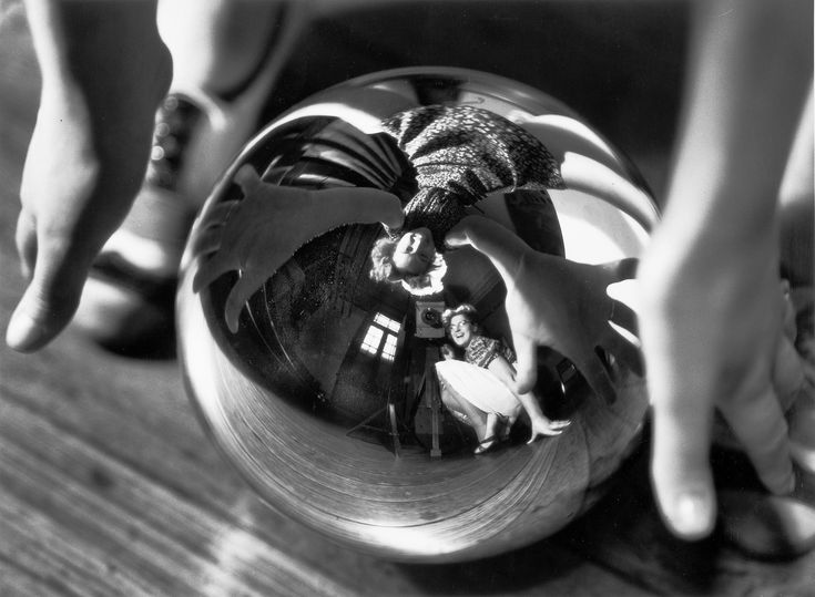 Annemarie Heinrich. Autorretrato con Úrsula, 1938. Gelatina de plata sobre papel. Copia vintage. 26 x 30,5 cm. Colección MALBA, Buenos Aires.