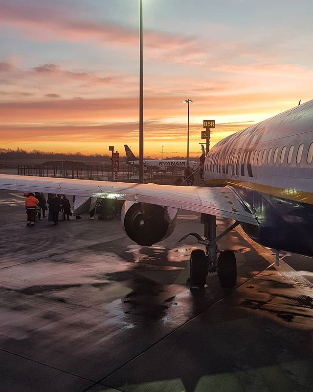 Sunrise This Morning Before My Flight At Stansted Airport Plane Travelling Sunrise Travel Photography London Stansted Airport Travel