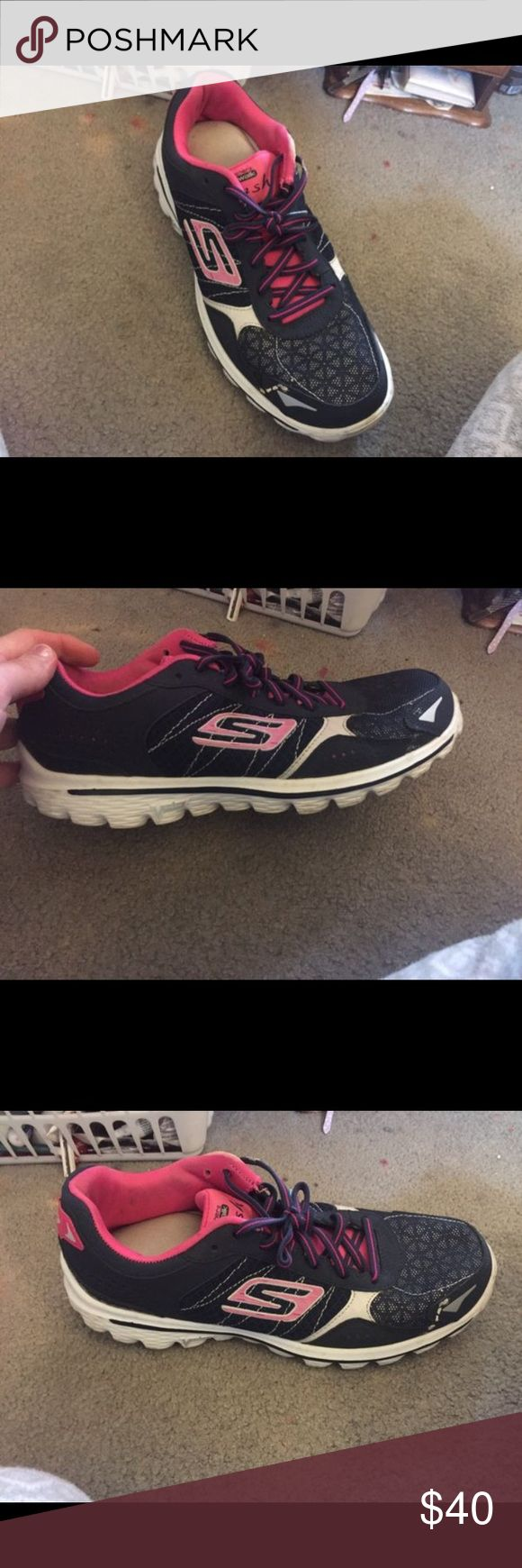 Sketchers go walk sneakers Lightly work,excellent condition. Sketchers go walk extremely comfortable. These are 9 but also can fit size 8 1/2 just fine. Shoes Sneakers