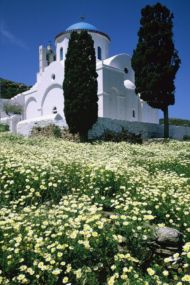 Panagia Poulati in the spring (Sifnos)