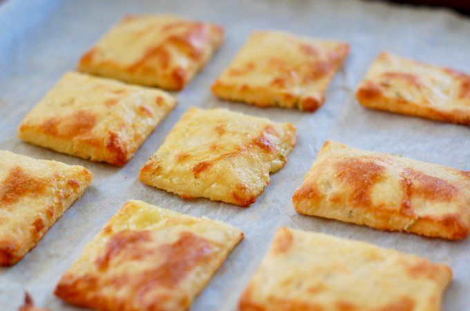 ORIGINAL PINNER SAYS: Fathead pizza is famous in the world of low carb and keto. Now try fathead crackers. Seriously good, low carb, grain free, cheese heaven. #lowcarb #keto #lchf | ditchthecarbs.com