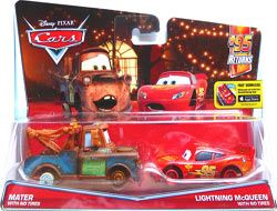 Cars 2016 - #06/07 - Mater with no Tires & #07/07 - Lightning McQueen with no Tires - Movie Moments - 95 Returns