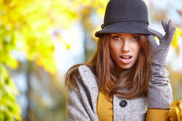 Se da una parte seguire i fashion trend ci rende glamorous, dall'altra... potrebbe nuocere alla salute! Dalle collane alle borse pesanti senza dimenticare i super tacchi. http://www.sfilate.it/231336/fashion-trend-quando-moda-fa-male-salute
