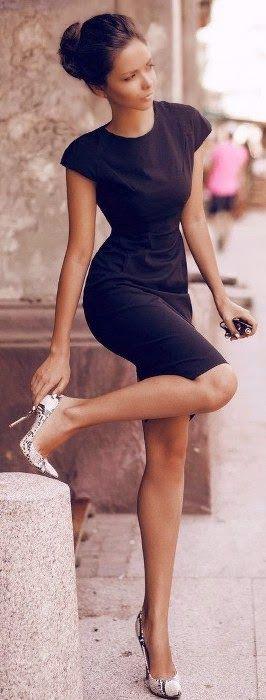 Cute Girl With Amazing Black Dress / TechNews24h.com