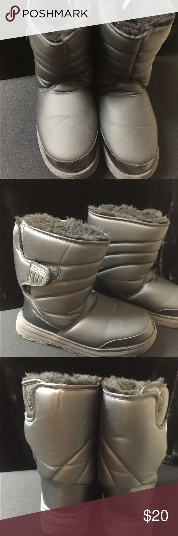 Black Khombu ski boots Size 9 warm ski boots. Great condition. Worn for one ski trip. Khombu Shoes Winter & Rain Boots