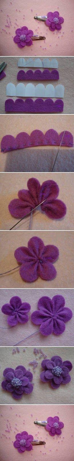 Para hacer esta flor con fieltro necesitamos cortarlo con forma de onditas (como indica la foto) en dos tamaños. Luego se frunce con hilo d...