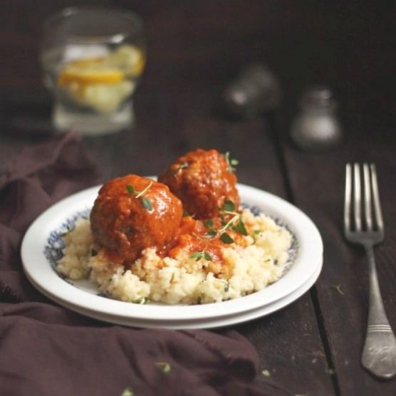 Moroccan meatballs. Spicy Moroccan Meatballs & Thyme Couscous (in Polish) #meaty…