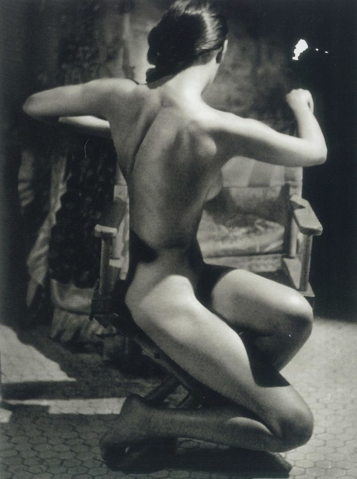 """John Rawlings photo - Evelyn Frey, from """"100 Studies of the Figure"""" (1951)"""
