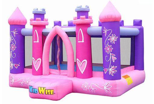 Un #castillo #hinchable pensado en especial modo para que las princesas de casa y sus amigas puedan disfrutar de una fiesta de cumpleaños inolvidable.  #Colegios #Comuniones #Cumpleanos #Entretenimiento #FiestasInfantiles #Diversion #Castillos #Hinchables