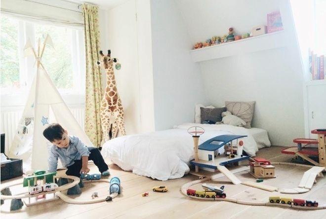 Montessori Inspired Toddler Rooms - LOVE!!
