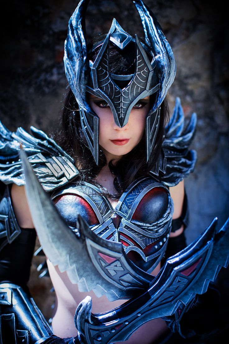 cosplay Skyrim Dovahkiin armor Worbla deadric