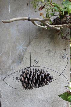 Sculpture fil de fer suspension Poisson Pin