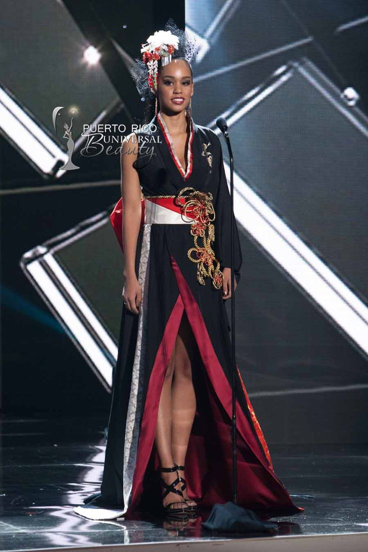 MISS UNIVERSE 2015 :: NATIONAL COSTUME | Ariana Miyamoto, Miss Universe Japan, debuts her National Costume on stage at Planet Hollywood Resort & Casino Wednesday, December 16, 2015. #MissUniverse2015 #MissUniverso2015 #MissJapan #MissJapon #ArianaMiyamoto #NationalCostume #TrajeTipico #LasVegas #Nevada
