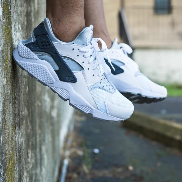 Authentic Nike Air Huarache White Wolf Grey Black