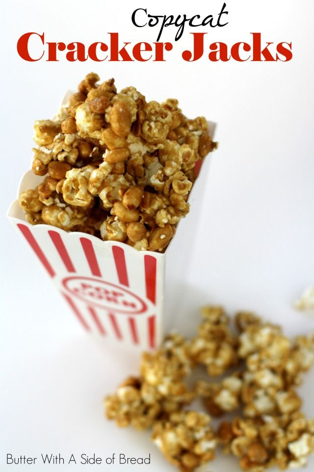 Copycat Cracker Jacks~ skip the store bought variety and make a big batch of this amazing caramel popcorn at home! #recipe #popcorn
